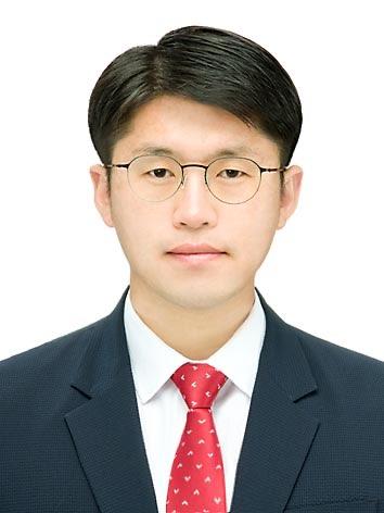 김창곤 전도사.jpg